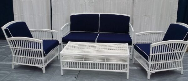 Americana Lounge Suite. Solid White