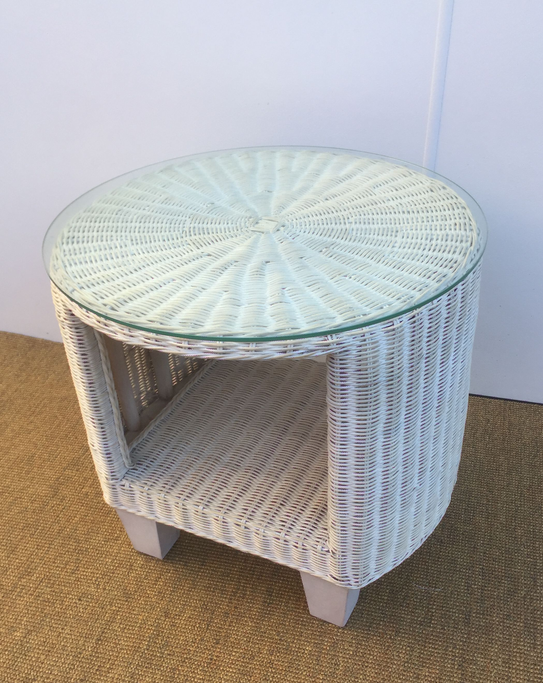 Round Wicker Side Table With Glass Top White Wash The